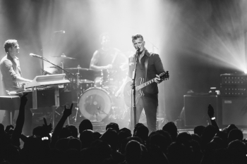 Queens of the Stone Age Live Review